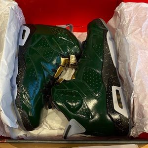 Air Jordan 6 Retro Champagne Sneakers 384664-350